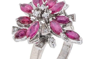 ANILLO CON RUBÍES Y DIAMANTES EN PLATA PALADIO con rubíes corte marquise ~1.30 ct y diamantes corte 8x8 ~0.10 ct   RING WITH RUBIES AND DIAMONDS IN PA
