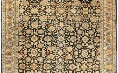 ANTIQUE PERSIAN MALAYER RUG. 17 ft x 11 ft 8 in (5.18 m x 3.56 m).