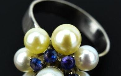 Estate 10kt White Gold Pearl and Tanzanite Ring