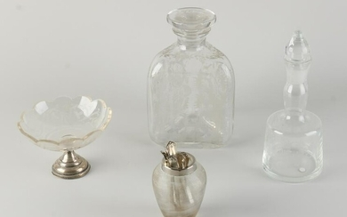Lot glassware with silver