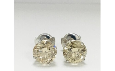 Two 1.50ct brilliant cut natural diamonds(total weight 3ct) ...