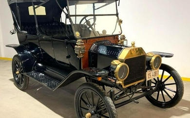 1914 Ford Model T Brass Touring Car