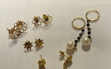 A pair of 18ct gold earpendants, various other earrings, cos...