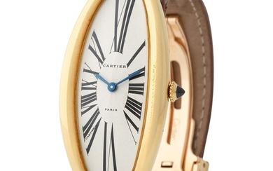 Cartier. Very Rare and Oversized Baignoire Allongée Wristwatch in Yellow Gold, With Guilloche Roman Numbers Dial