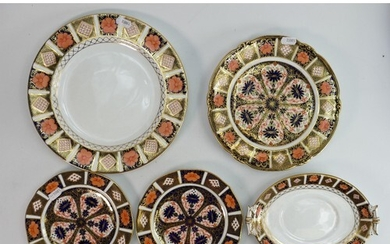A collection of Royal Crown Derby Imari ware: Including plat...