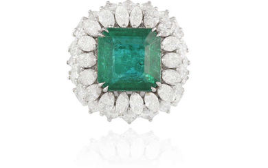 AN IMPORTANT EMERALD AND DIAMOND DRESS RING The...
