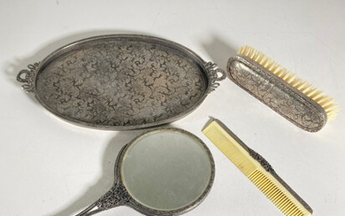 Hairdressing set with tray.