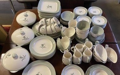 Large Copelands Spode Olympus pattern tea and dinner ware