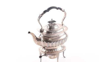 An Edwardian silver spirit kettle and stand. Sheffield 1907 ...