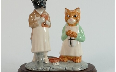 Beswick Beatrix potter tableau figures: ginger and pickles. ...