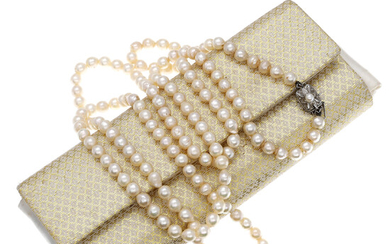 MIKIMOTO. Pearls necklace.