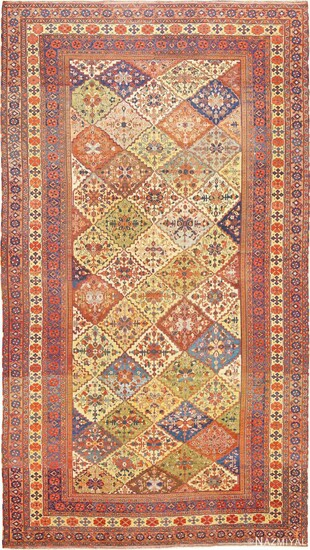 ANTIQUE PERSIAN QASHQAI RUG 25 ft 6 in x 13 ft 5 in (7.77 m x 4.09 m)