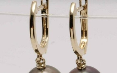 14 kt. Yellow Gold- 10mm Round Tahitian Pearls