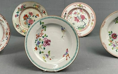 5 plates. Probably old China, 18th / 19th century.