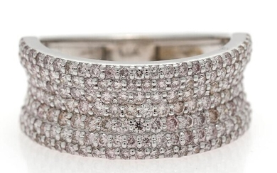 A diamond ring set with numerous brilliant-cut natural Fancy Mixed Light Pink diamonds weighing a total of app. 2.00 ct., mounted in 14k white gold. – Bruun Rasmussen Auctioneers of Fine Art