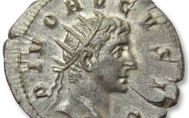 Roman Empire. Trajan Decius (AD 249-251). AR Antoninianus, for DIVUS AUGUSTUS,Rome AD 250-251 - superb coin