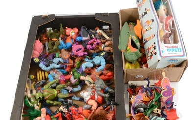 1980s action figures, 40+ including Star Wars figures and He-man