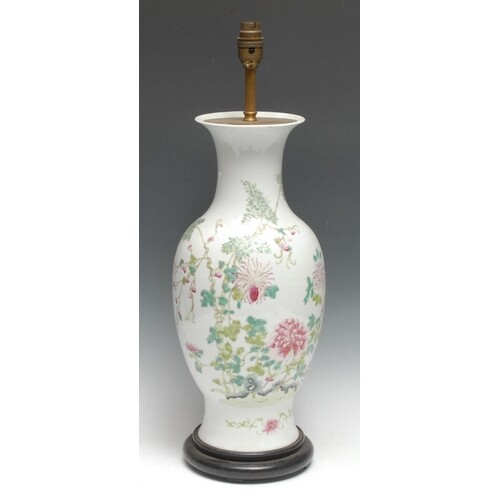 A Chinese Famille Rose porcelain baluster lamp, well-painted...