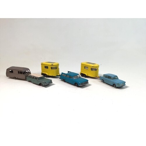 Assortment of loose vintage Matchbox cars and machinery. To ...
