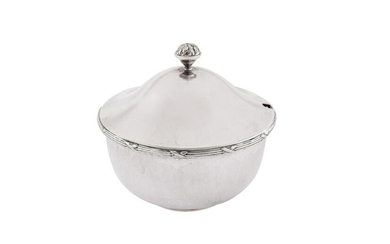 A George VI sterling silver 'Arts and