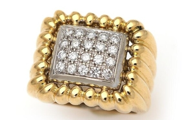 A diamond ring set with numerous diamonds weighing a total of app. 0.40 ct., mounted in 18k rhodium plated gold. Size app. 49. – Bruun Rasmussen Auctioneers of Fine Art