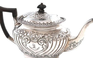 A late-Victorian silver teapot, by Jenkins & Timm, Sheffield 1897,...
