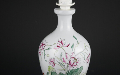 TABLE LAMP, porcelain with wooden base, oriental style, France.