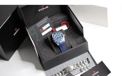 TUDOR BLACK BAY 58 BLUE REFERENCE 79030B BOX AND PAPERS 2020...