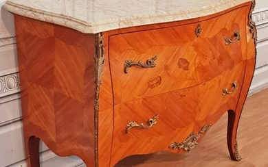 LOUIS XV STYLE MARQUETRY INLAID M/TOP COMMODE