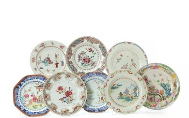 Seven Chinese porcelain plates and one Cantonese. Qing 18th-19th century. Diam. 22.5-24.5 cm. (8) – Bruun Rasmussen Auctioneers of Fine Art