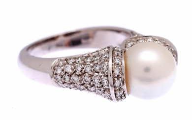 (-), White gold ring, 18 krt., set with...