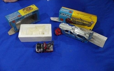 A boxed Corgi 1101 Carrimore Car Transporter, red cab with b...