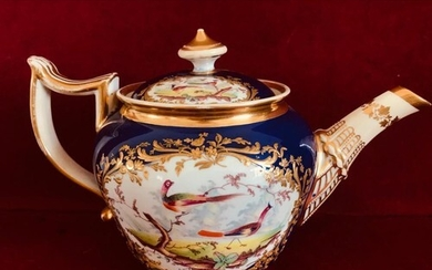 FINE EARLY SPODE TEAPOT AND COVER, PANEL EACH SIDE HANDPAINT...