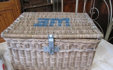 Large Wicker Basket.