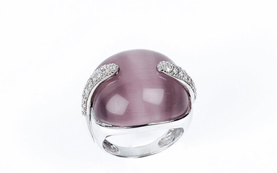 Ring in solid white gold setting with a large...