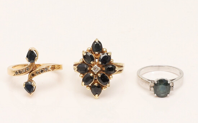 Set of rings, 750 and 585 yellow gold, 333 white gold, sapphires, diamonds (3).