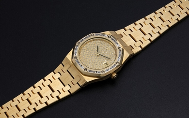 AUDEMARS PIGUET, A LADIES GOLD ROYAL OAK WITH DIAMOND-SET BEZEL AND PAVED DIAL