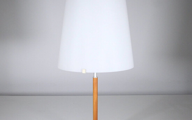 40. Table lamp, milky glass shade.