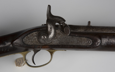 A Victorian constabulary percussion carbine with sighted barrel, barrel length 53cm, the lockplate m