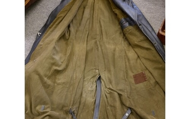 Third Reich - A Luftwaffe Officers leather overcoat / great ...