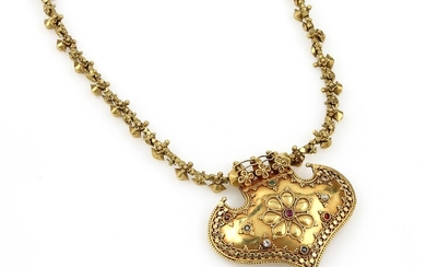 14 kt gold necklace with coloured stones...