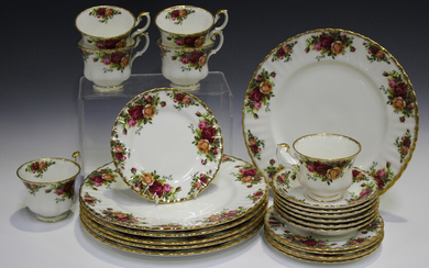 A Royal Albert Old Country Roses pattern part service, comprising six dinner plates, six teacups, si