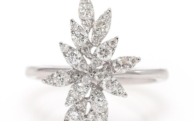A diamond ring set with numerous brilliant-cut diamonds weighing a total of app. 0.74 ct., mounted in 18k white gold. Size 52.5. – Bruun Rasmussen Auctioneers of Fine Art