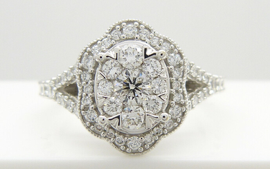 DIAMOND CLUSTER RING, 1. 00 CTS.