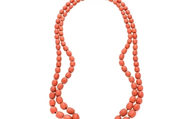 Necklace in red coral and yellow gold