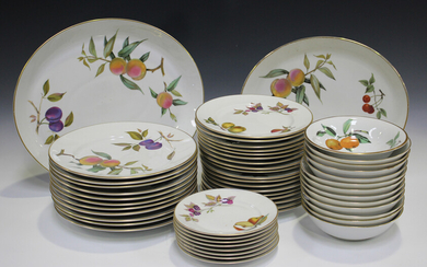 A large group of Royal Worcester Evesham pattern tablewares, including eleven dinner plates, eightee