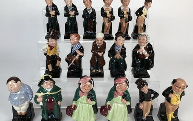 COLLECTION OF 17 ROYAL DOULTON FIGURES DICKENS