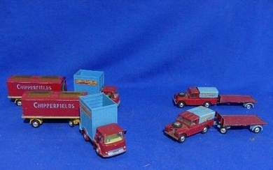 Corgi Chipperfields Circus Models; two Land-Rovers, two Circ...