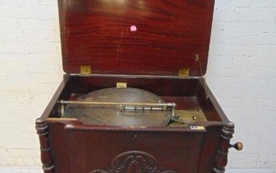 """Mahogany cabinet disk player, double comb, plays 18.5"""""""