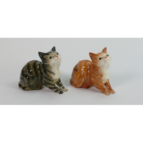 Beswick kittens looking up 1487: in both Ginger and grey str...